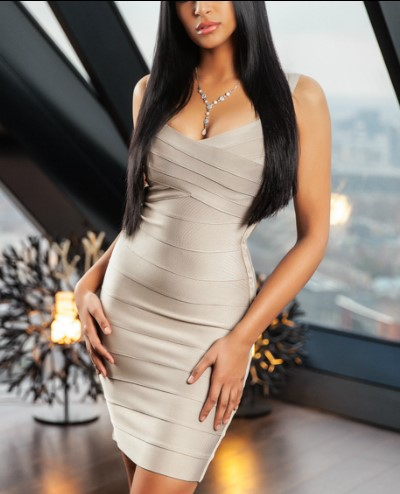 Yasmine-Mayfair-Escort